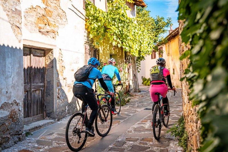 Epic Slovenia gravel bike tour village goriska brda
