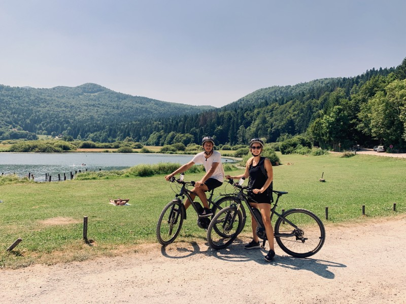 bikers near podpesko jezero