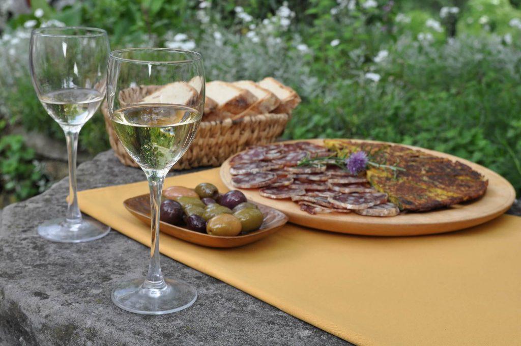 traditional-slovenian-dishes-cuisine-frtalja